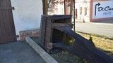 Historickou zvoničku v Pitkovicích porazil vítr. Projde celkovou opravou