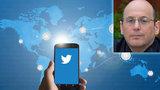 Novinář se po zákeřné zprávě z Twitteru svíjel v křečích, útočník ho chtěl zabít
