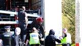 Kamion z Česka vezl do Británie africké uprchlíky. Řidič: Nevěděl jsem o nich