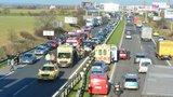 Novopackou policisté uzavřeli: U nájezdu na D10 došlo k nehodě