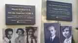Praha 2 odhalila pamětní desky. Připomínají nevinné oběti heydrichiády