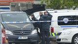 V Praze na parkovišti našli zastřeleného strážníka: Zemřel během služby