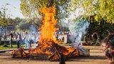 V Praze se zase může rozdělávat oheň: Meteorologové zákaz zrušili