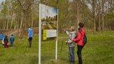 Lesopark v Roztylech je už z části přístupný. Můžete tu s dětmi sportovat