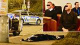Při eskortě jim zemřel zadržený muž: Policisté z Prahy čelí obžalobě kvůli násilí