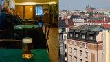 Srovnání cen piva ve světě: Nejlevnější točí v Praze, v Oslu zaplatíte i 250 Kč