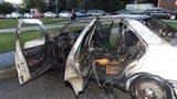 Na Opatově shořelo auto zaplněné odpadky: Bydleli v něm bezdomovci a narkomani