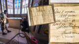 Překvapení při opravě Staroměstské radnice: Našli vzkaz kameníků z roku 1888