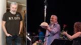 Vlk samotář Daniel Hůlka slavil narozeniny: Přišlo za ním osm stovek gratulantů!