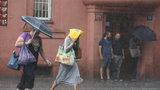 Na Prahu se v pondělí přižene déšť: Jak bude zbytek týdne?