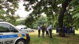 V parku na hlavním nádraží ležela mrtvola: Policisté zjišťují, co se stalo