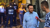 """""""Chápu, že sem lidé chodí kalit, ale..."""" říká radní Prahy 1. Antikonfliktní tým si chválí"""