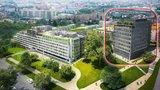 Místo kanceláří další bytovka v centru Modřan: Radnice se proti změně odvolává
