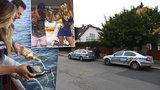 Děti se na Facebooku chlubily, v jakém žijí luxusu: Během dovolené jim dům vybílili zloději