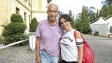 Muzikant Ivo Pavlík (†84) zemřel týden po mejdanu s Heidi! Po boku manželky ještě rozdával úsměvy
