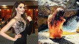 Sexy Kubelková se svlékla: Řeky dráždila nahým tělem