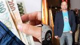 Majetkový striptýz zadluženého Taclíka: V bance 0! Kolik v peněžence?