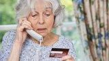 Babi, potřebuji peníze na exekuci: Podvodníci na Olomoucku lákali ze seniorů peníze po telefonu