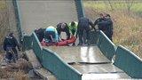 Drama v prvních minutách po zřícení lávky v Troji: Svědci zachraňovali raněné
