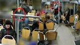 Agresor z ostravské tramvaje se přihlásil na policii: Byl opilý a činu lituje
