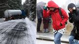 Počasí potrápí Česko: Půlku zasáhne ledovka, druhou ochromí silný vítr