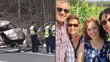 Herečce zemřela sestra (†21) 3 dny po rodičích: Uhořeli v autě