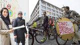 Další »protest« proti zákazu cyklistů v centru Prahy: Na radnici Prahy 1 aktivisté přinesli připomínku