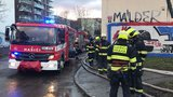 Havárie vody v Pohořelci omezuje provoz: Tramvajová zastávka je uzavřená, čekejte objížďky
