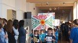 Běhá tu nová Ledecká či Sáblíková? Škola v Krči odstartovala zimní olympiádu