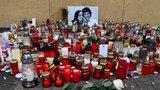 Slovensko v slzách: Tisíce lidí vyráží do ulic uctít památku Kuciaka