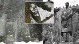 Promítnou Masaryka jako hologram? Z největší sochy TGM v Evropě zbyly obří boty