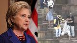 Clintonová uklouzla na schodech paláce a nešikovně spadla. Odnesla to ruka