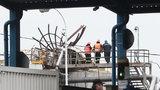 Výbuch v kralupské chemičce: Škoda je do 30 milionů, v areálu začala odstávka