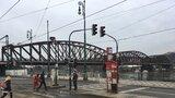 Oprava lávek na železničním mostě startuje: Projít se tu budete moci nejdříve v září