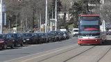 V Praze 4 začínají platit modré zóny. Lemují metro a řeku, budou se rozšiřovat