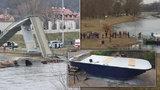Větší plavidlo místo zřícené lávky v Troji: Přívoz pro 100 lidí vypluje v červnu