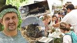 VIDEO: Živá havěť v botanické zahradě: Brouk válející trus i největší český cvrček lákají na výstavu bezobratlých