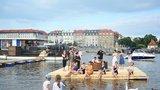 Nový cirkus se vrací na břeh Vltavy. Divadlo bratří Formanů představí na náplavce špičky z celého světa