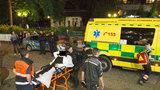 Krev na červeném koberci: Po noční rvačce u Thermalu dívka (24) v nemocnici