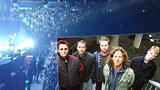 Devadesátková legenda Pearl Jam rozduněla Prahu: Rockeři zpívali pro Havla i 18 tisíc fanoušků