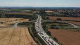 Dopravní komplikace na Pražském okruhu: Ve směru na letiště se kvůli opravám D5 tvoří kolony
