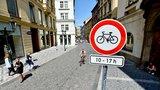 Omezení kol v centru Prahy: Rýsuje se kompromis, pro cyklisty by mohl vzniknout koridor