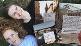 Učí Pražany milovat básně: Poezie ve městě žije! křičí do online světa studentky Katka se Sárou