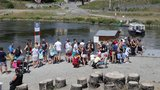 Obří přívoz pro 100 lidí místo trojské lávky: Nevypluje ani v červenci! Výrobce má skluz