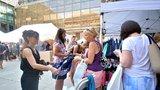 Nedostatečná nabídka, nebo nezájem mužů o módu? Dyzajn market je rájem pro ženy