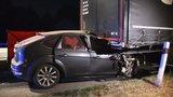 Hororová nehoda na D10: Osobák to napasoval pod kamion!