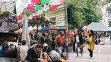 """10 tipů, jak """"Zažít město jinak"""": Mexické tržiště, opékání buřtů i bezdomovci pod mostem"""