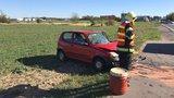 Dopravní nehoda těsně za Prahou: Hasiči nasadili vyprošťovací techniku