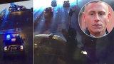 Drsné záběry z honičky: Takhle policista zatarasil cestu ujíždějícímu motorkáři! Podle soudu udělal dobře