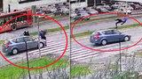 Tyhle obrázky varují! Chodců na silnicích umírá stále více: Podívejte se, co rozhodně nedělat!